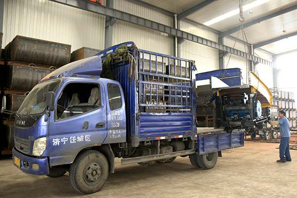 A Batch of Mucking Loaders Were Sent to Inner Mongolia Successfully
