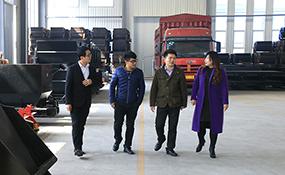 Warmly Welcome Merchants from Zhuzhou, Hunan to Visit Shandong China Coal Group for Prochasing Railway Equipment