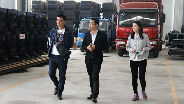 Warmly Welcome Heilongjiang Merchants to Visit China Coal Group for Purchasing Refuge Chamber Door