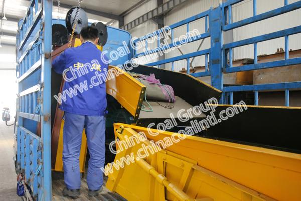 A Batch of Large Equipment of China Coal Group Sent to Lingbao, Henan province