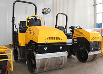 Ride On Double Drum Diesel Vibration Compactor Road Roller