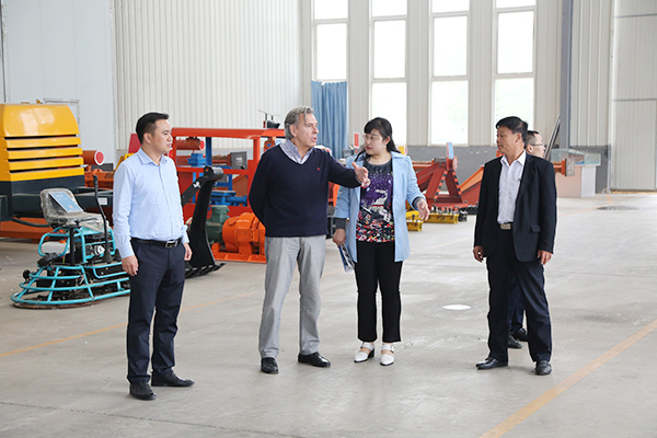 Warmly Welcome Argentine Merchants To Visit China Coal Group For Purchase Steel Rails