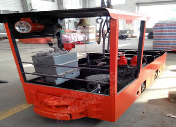 12 MTs double cabs battery locomotive for underground coal mines