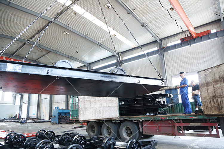 China Coal Group sent a batch of hydraulic props and flatbed Cars to two major mines in Shanxi and Jinzhong