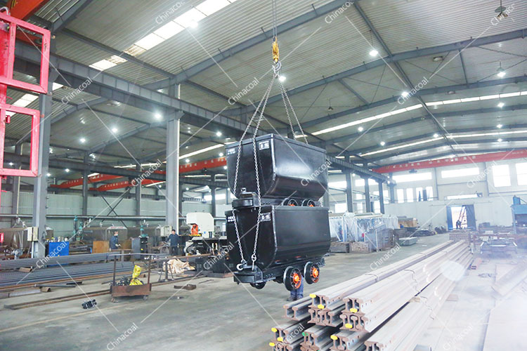 China Coal Group Sent A Batch Of Hydraulic Props And Mining CarsTo Heilongjiang And Shanxi