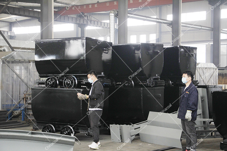 China Coal Group Sent A Batch Of Bucket-Tipping Mine Cart To Gansu