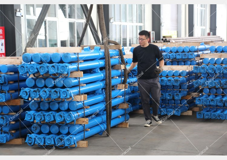 China Coal Group Sent A Batch Of Hydraulic Props And Bucket Tipping Cars To Two Major Mines In Shanxi