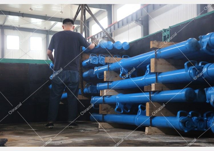 China Coal Group Sent A Batch Of Mining Single Hydraulic Props To Shaanxi