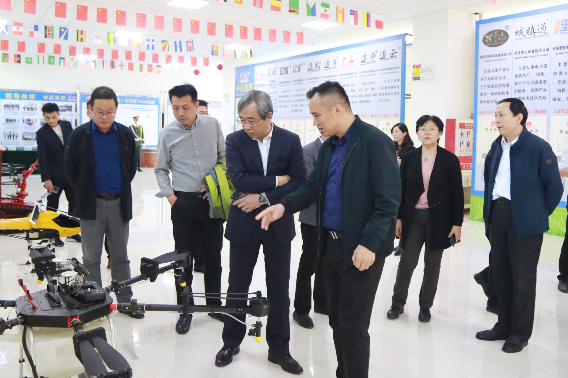 Warmly Welcome The Leaders Of Shandong Provincial Department Of Human Resources And Social Security To Visit China Coal Group