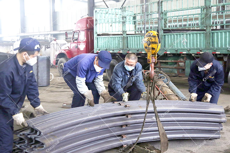 China Coal Group Sent A Batch Of U Steel Supports And Hydraulic Props To Tongchuan, Shaanxi And Changzhi, Shanxi