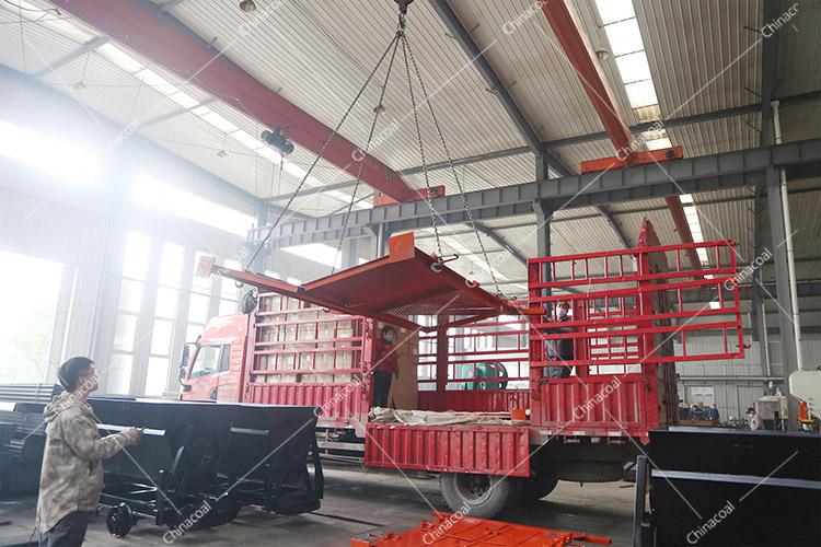 China Coal Group Sent A Batch Of Fire-Proof Fence Doors To Laiwu