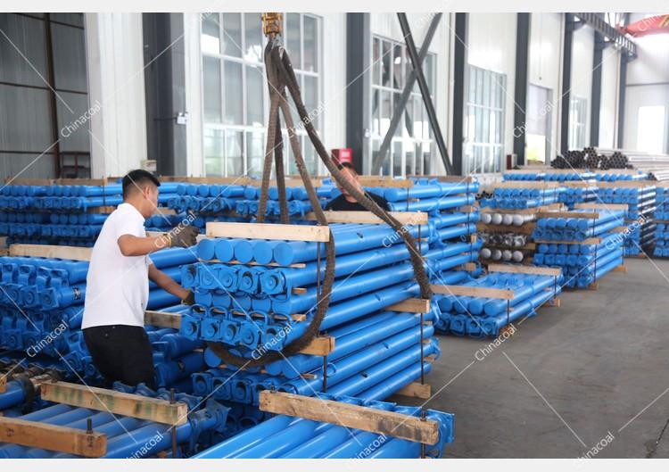 China Coal Group Sent A Batch Of Hydraulic Props To Shanxi Jincheng And Shaanxi Baoji