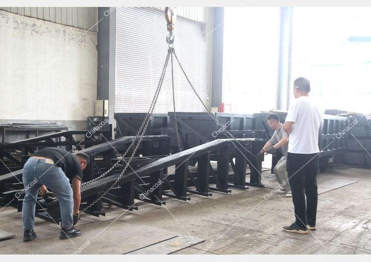 China Coal Group Sent A Batch Of Curved Rail Side Dump Mine Car To Heilongjiang