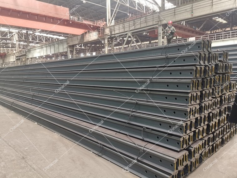 Hot Dip Galvanized Steel Railway Rail