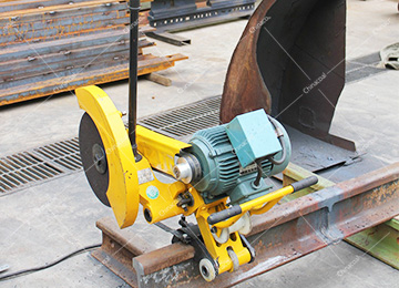 Internal Combustion Abrasive Rail Cutter